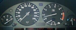 Bajar kilómetros: Cuentakilómetros BMW